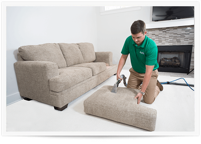 tech performing upholstery cleaning omaha ne